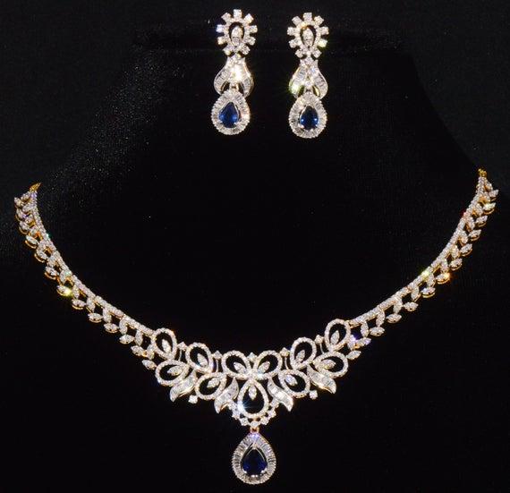 A Diamond Jewellery Set (Women's Day Gifts)